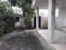 Casa no Coração de Boa Viagem, Dois Lotes Remembrados, Área Total de 925 m²