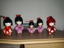 Coleção Boneca japonesa de madeira kokeshi