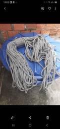 Vendo uma corda para rapel