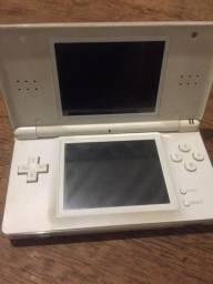 Nitendo DS Lite ( quebrado)