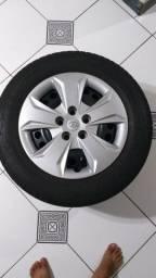 Jogo de pneus com rodas aro 16 Creta
