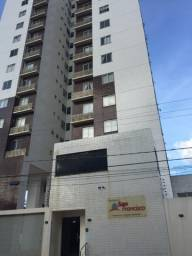 Alugo apartamento em condomínio fechado