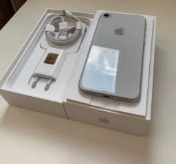 iPhone 8 64GB NOVO!!