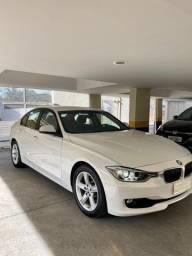 EXCELENTE OPORTUNIDADE - BMW 320i 2015