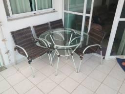 Título do anúncio: Mesa de varanda c/ 04 cadeiras (01 ano de uso) - Oportunidade!