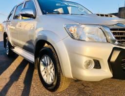 Toyota Hilux 13/13 diesel