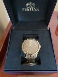 Relógio original com meses de garantia