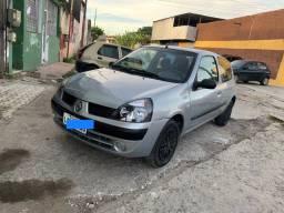 Renault Clio 1.0 2005