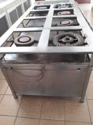Fogão Industrial 8 bocas e com 2 fornos.