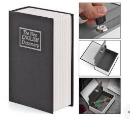 Cofre camuflado em formato de livro