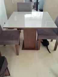 Mesa de jantar top ( padrão executivo) 04 cadeiras almofadas