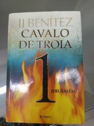 Livro Cavalo de troia 1: jerusalém