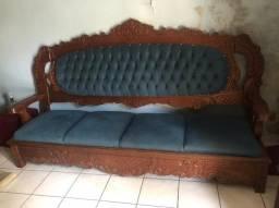 Sofa antigo mais mesa de centro madeira pura