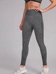 Título do anúncio: Vendo kit de calças legging