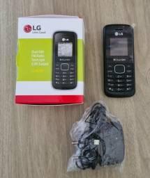 Título do anúncio: Celular simples LG B220 Dual SIM entrada para antena rural