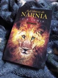 Título do anúncio: Vende-se livros novos e usados - 10,00 reais cada.