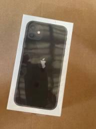 IPhone 11 de 128g  só 4.699,00 novo com nota fiscal