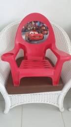 Vende-se   Cadeira Infantil para criança. Peça 35