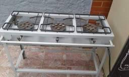 Vendo fogão industrial 3 bocas 350.00 pouco usado
