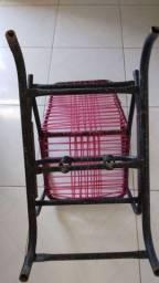 Quadrado burigoto e cadeira