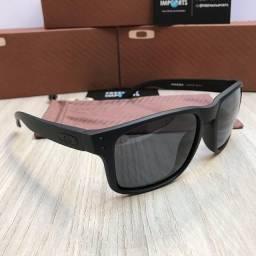 Óculos de sol Oakley Holbrook Prizm black polarizado
