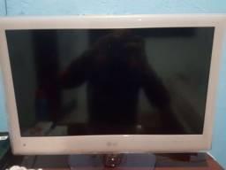 Monitor LG 22LE6500