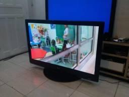 Tv LG 50 polegadas otima funcionando bem gigante