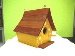 Casa para Passarinhos Artesanal Amarela