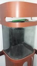 Aquario para água doce ou marinho 80 litros, vidro curvo, usado