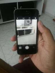 Vendo um iPhone de 32 gb todo em ordem