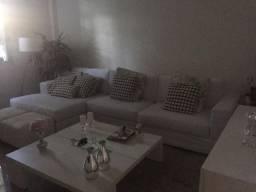 Casa de condomínio com três quarto em Olaria