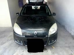 Vendo Sandero PRIVILEGI 1.6 completo com GNV - 2012