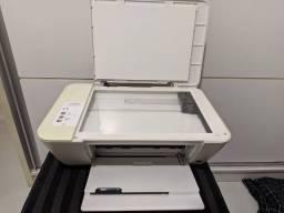 Impressora Multifuncional HP Deskjet 1516 com Cartuchos