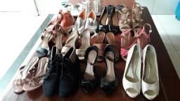 Sandálias só modelos femininos seminovos