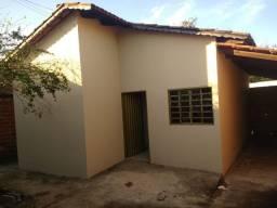 Casa 2 Qts (Próximo ao Jardim das Hortencias)
