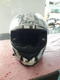 Capacete MT helmets Italy
