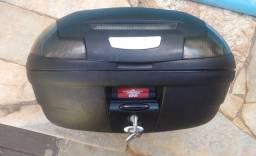 Baú bauleto Giv 45 litros com base