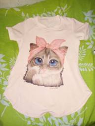 Blusa apenas R$ 20 gatinha desenhada