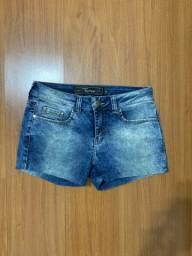 Shorts jeans - tamanho 38