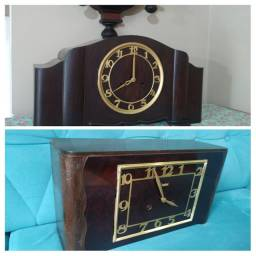 Relógio Antigo de Mesa
