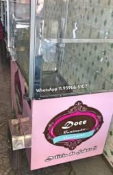 Carrinho de bolo no pote vidro temperados higiene em primeiro lugar