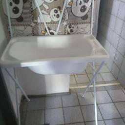 Banheira com trocador ainda no plástico R$: 130,00