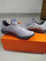 Tênis Nike flex Control TR3 nunca usado