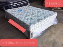 Conjunto de cama casal base e colchão