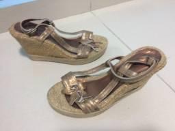 Sapato Anabela fem. N. 35