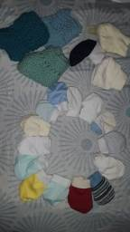 Vendo/troco roupa de bebê masculino de 0 ate 3 meses