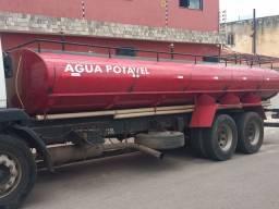 Vendo Tanque Pipa 13.500 litros.