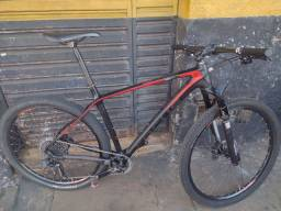 Bike Focus carbono raven 29