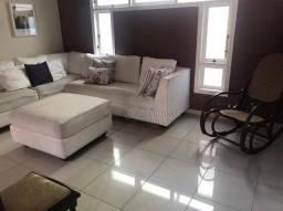 Casa para locação no bairro de Imbetiba, Macaé/RJ.