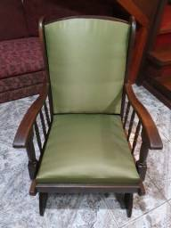 Cadeira de Balanço - Antiga